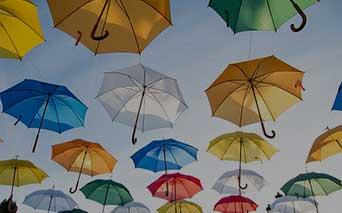 personalizuoti skėčiai, lietsargiai su logotipu